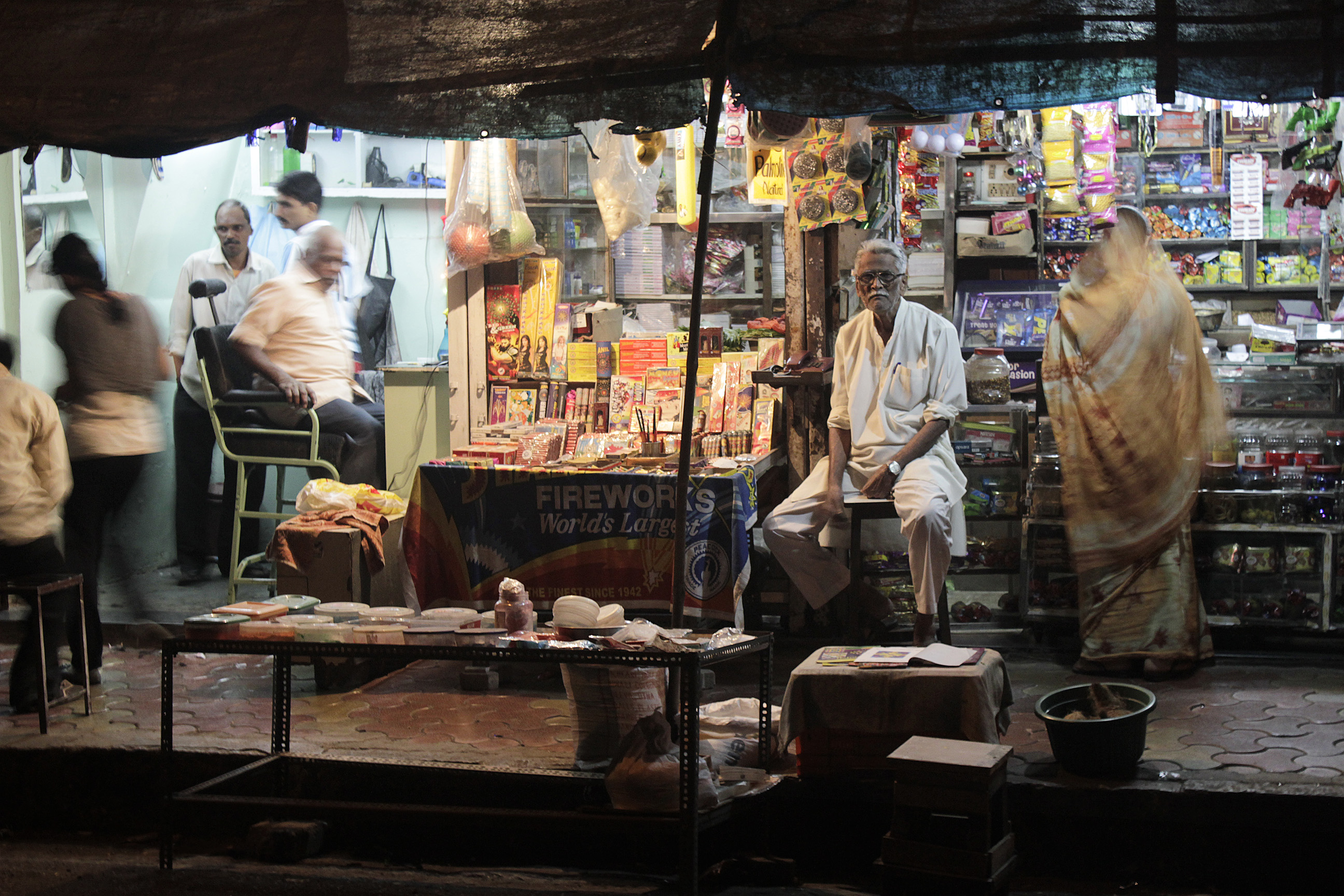 shops-in-sewri